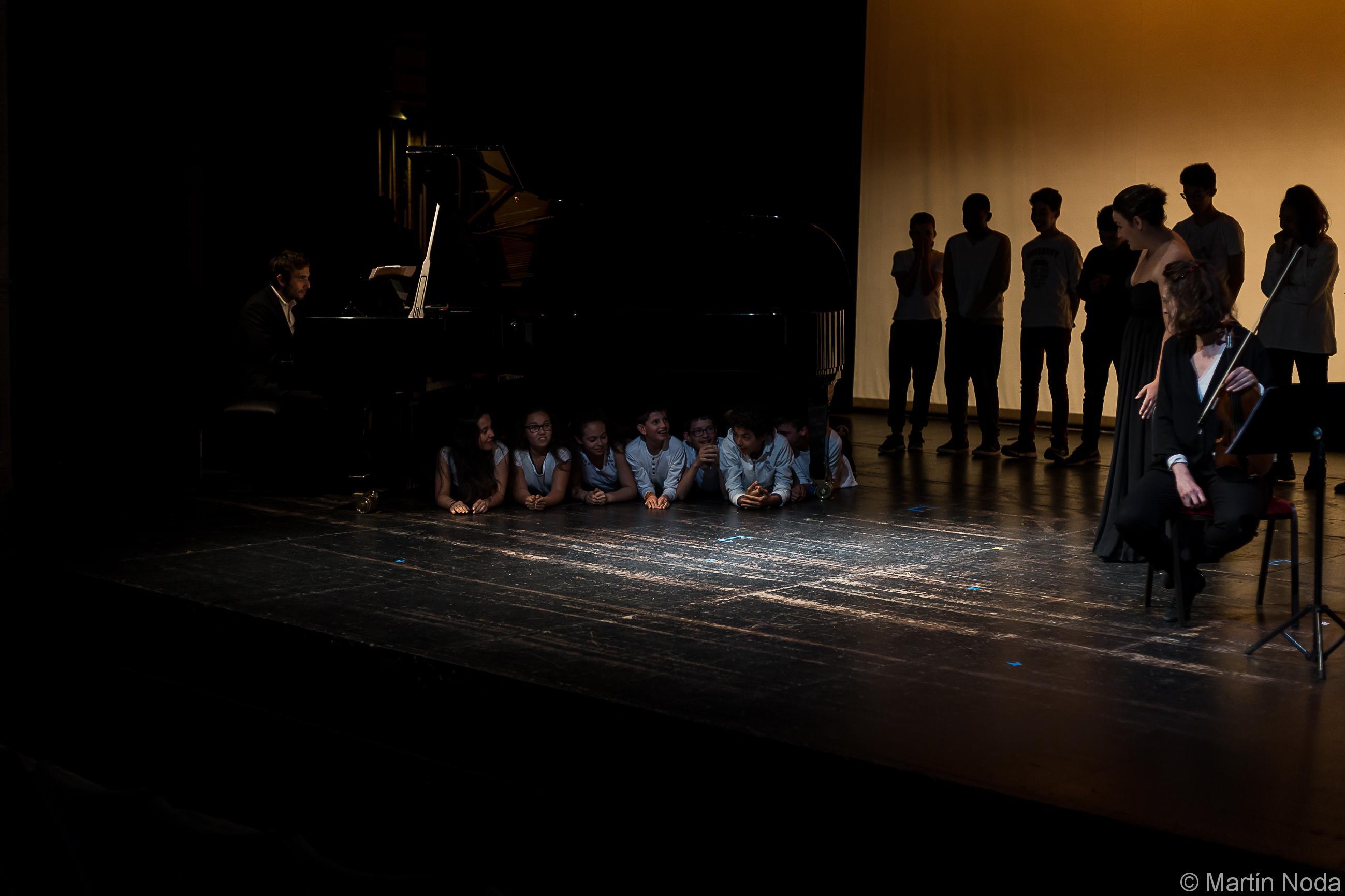 Romain Louveau et la classe de 5ème du collège Côte Rousse de Chambéry