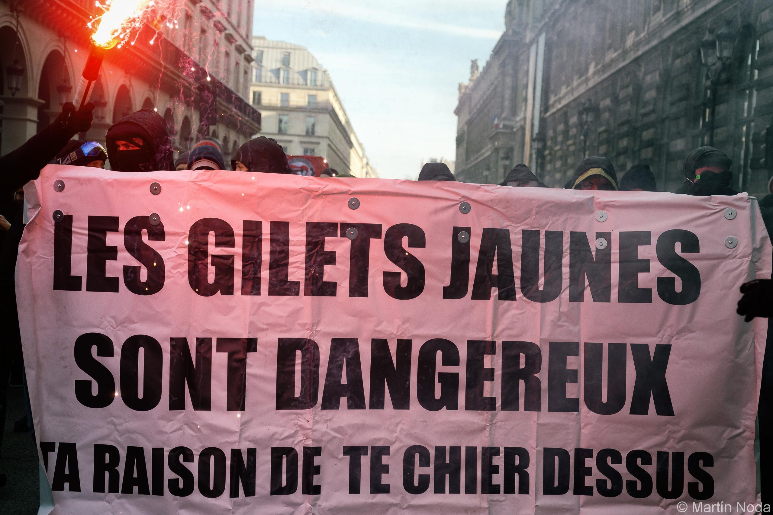 Journée de grève et manifestation appelée par la CGT et Solidaires, rejoint par des Gilets Jaunes - 05/02/2019 - Paris