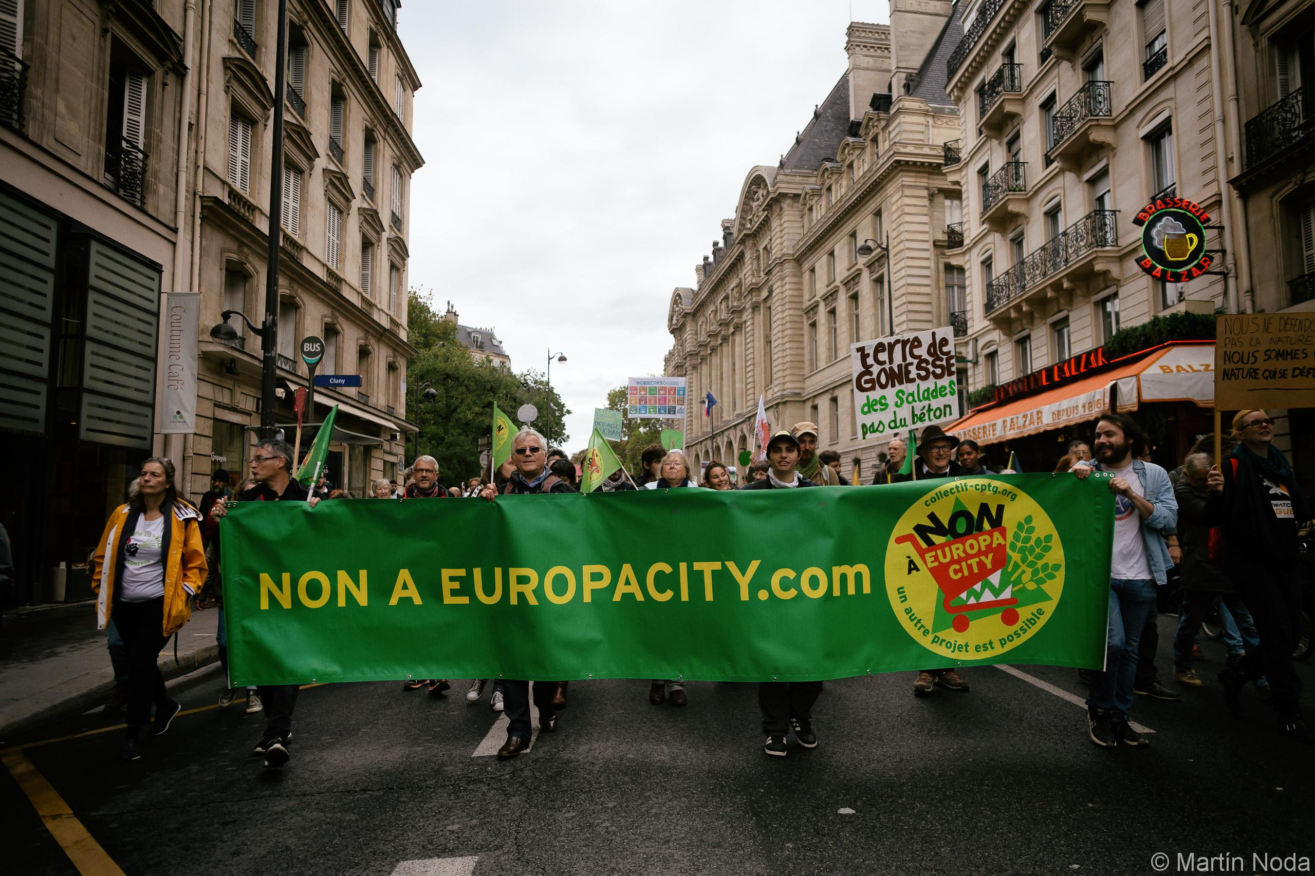 Manifestation contre Europacity à Paris. 05/10/2019.